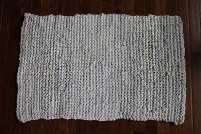 rag rug tshirt rug shabby cottage chic laundry bath cream white