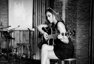 Cara Bermain Gitar Dengan Cepat