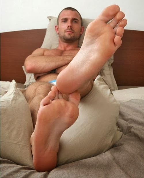 naked boys licking feet