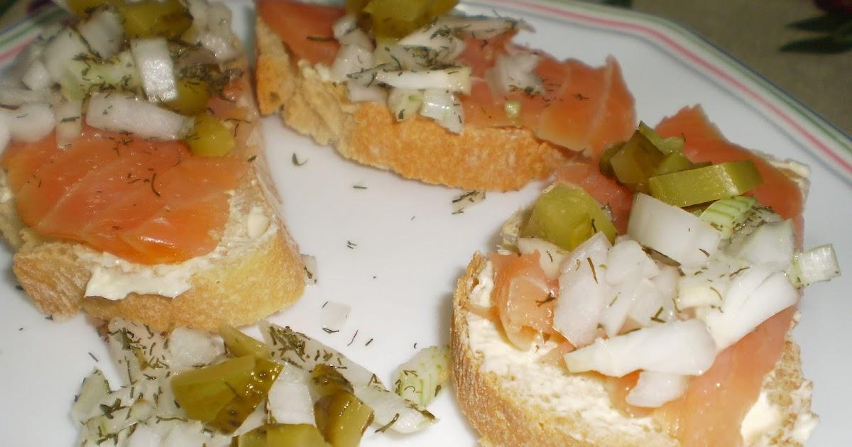 Cocina sin tonterias canap s r sticos de salm n ahumado for Canape de salmon ahumado