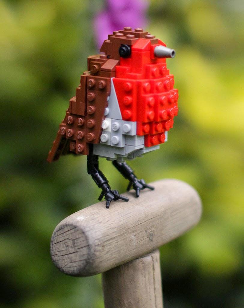 Replika Burung Lego