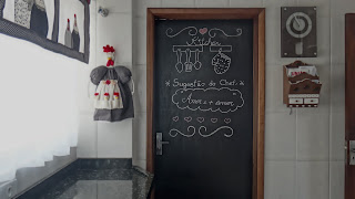 tinta lousa na porta