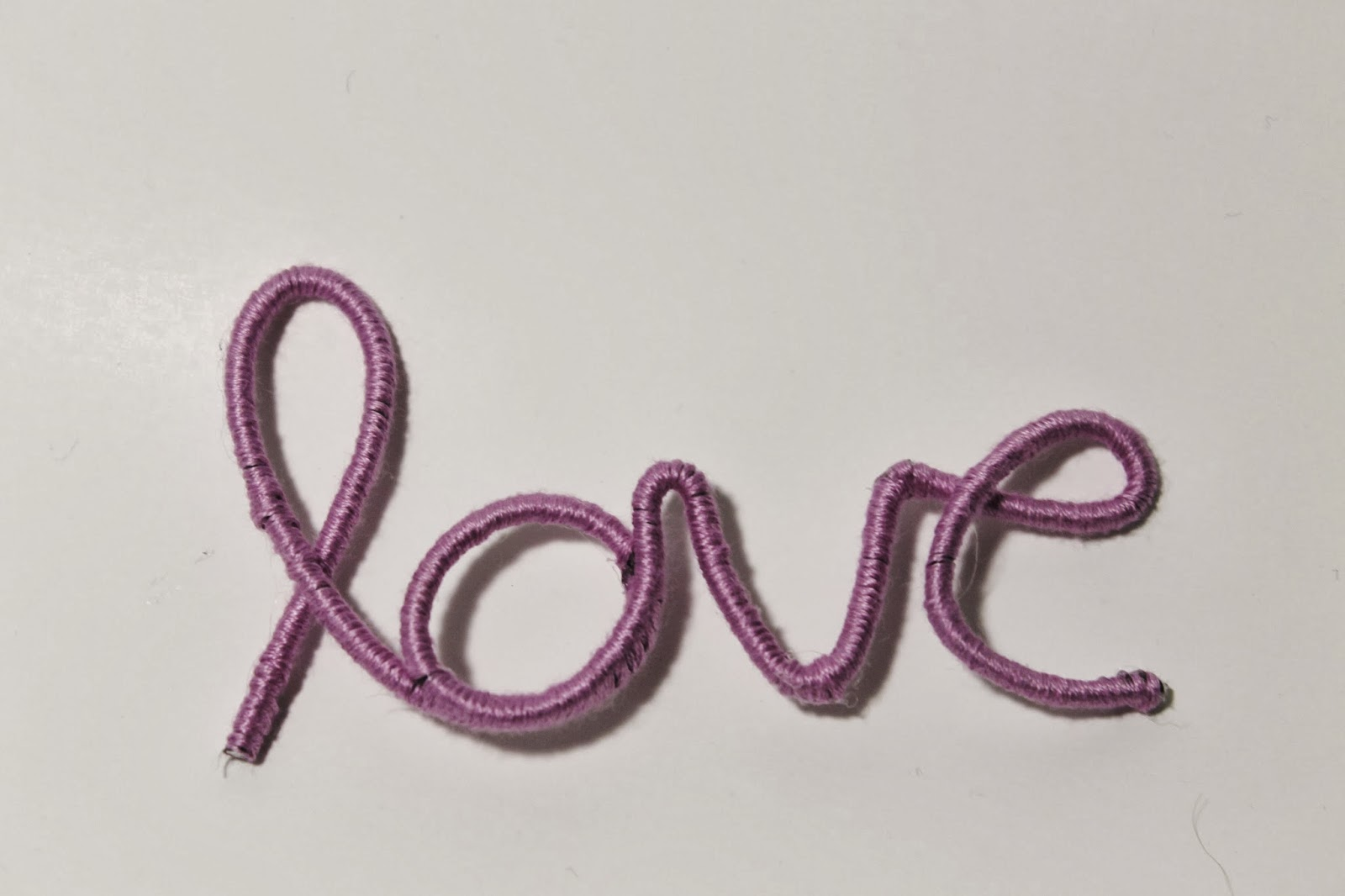 A Creative Cookie: Wire Love Ornament