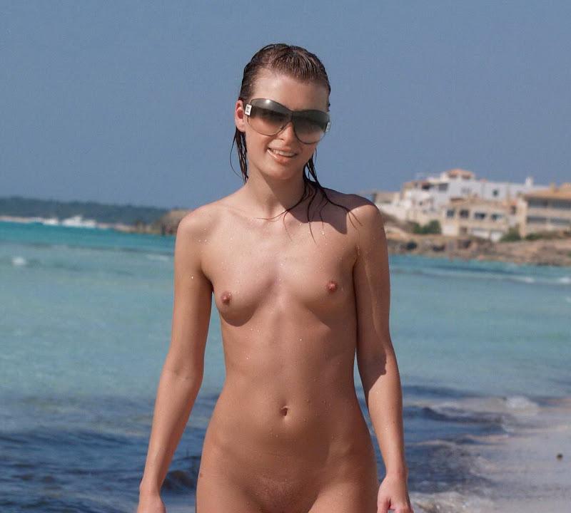 Nude Paris Hilton Naked
