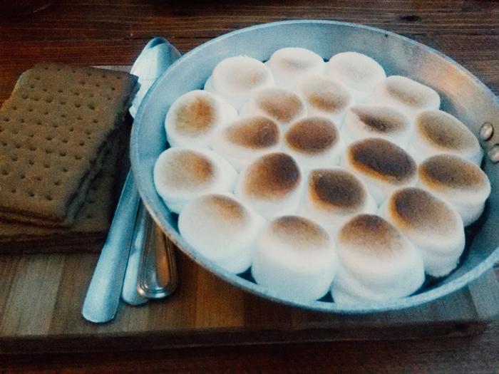 Biscocho Haus Camfire Smores