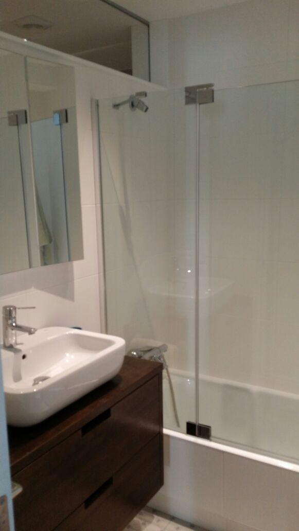 Reforma Baño Donosti:etiquetas bañeras diseño de baños donostia duchas grifos mamparas