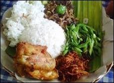 Nasi Balap Pucung - Makanan Khas Lombok, Wisata Kuliner di Lombok