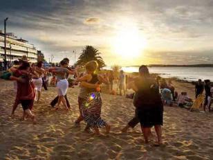 Tango en la playa, Punta del Este