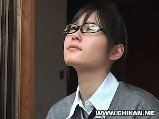 bokep anak sekolah di perkosa tukang servis