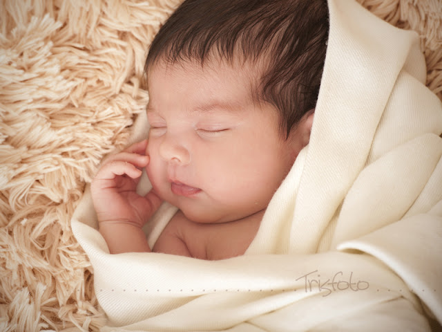 sesión recién nacido, fotografía recién nacido, reportaje bebés alicante