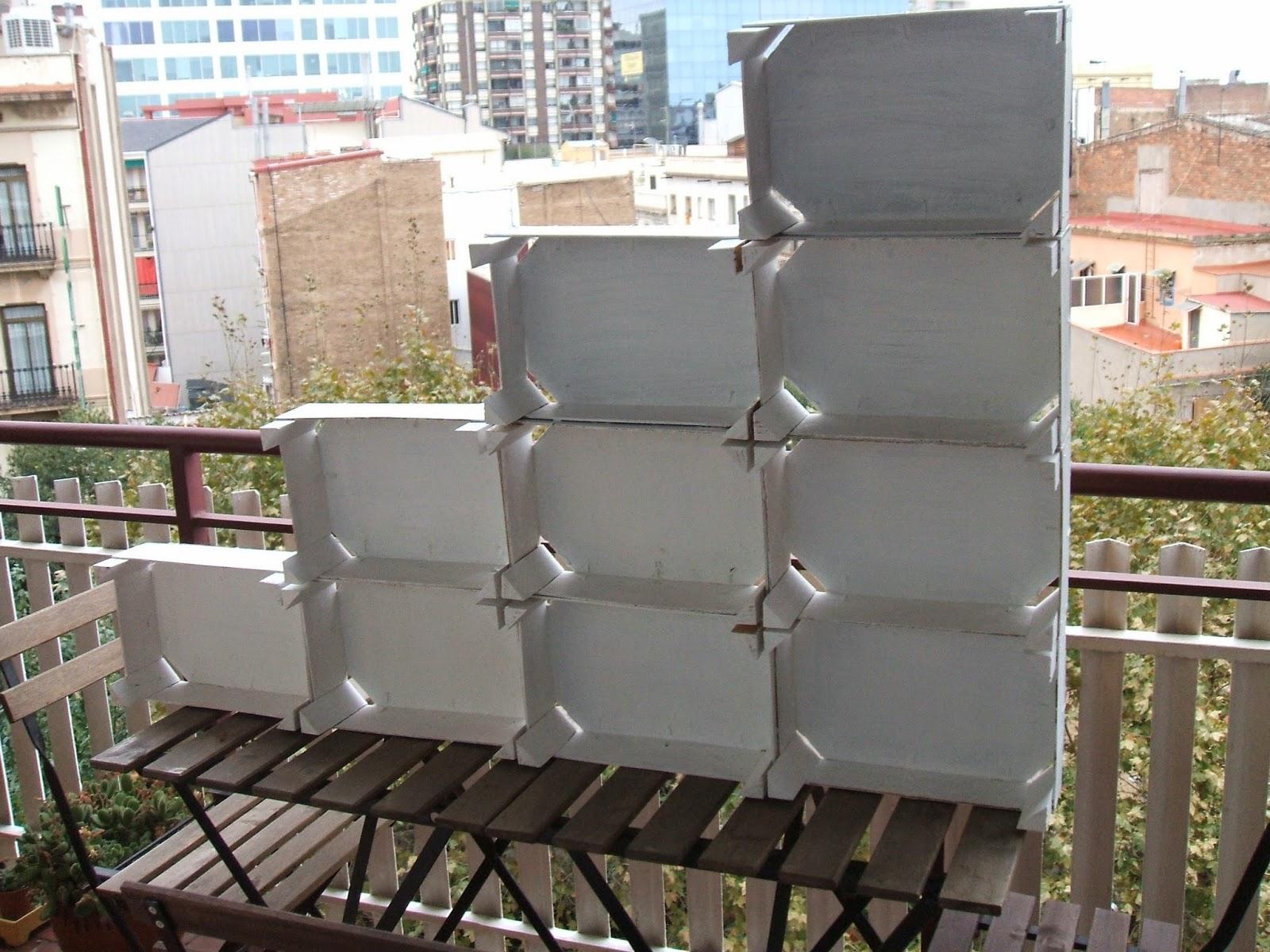 Estanteria cajas aprender manualidades es - Estanterias con cajas de fruta ...