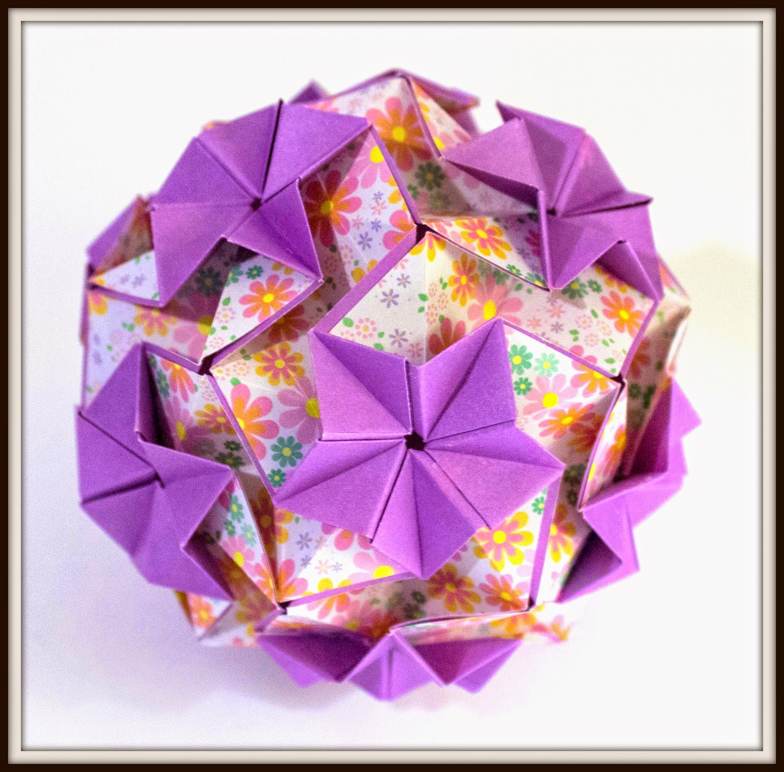 purple origami paper How to make a simple origami lotus flower with a piece of paper and some clever folding, you can make a delicate origami lotus flower this guide will help you get on your way by teaching you how to construct the blintz fold: the.