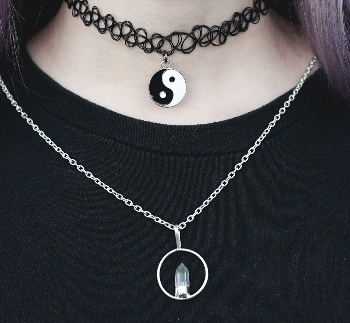 yin-yang-tattoo-choker-quartz-necklace