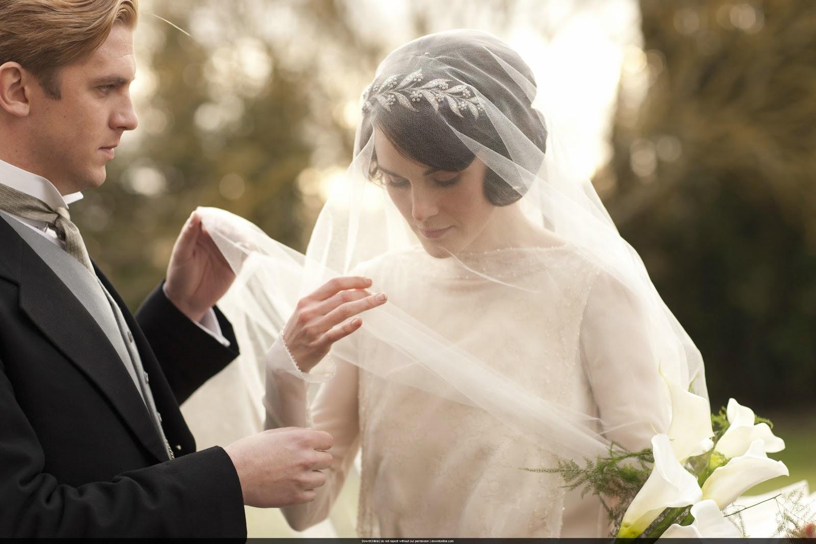 http://2.bp.blogspot.com/-DeKjVhoU7fA/UQRKyEyYYpI/AAAAAAAABSw/dJwpuWkSscU/s1600/Mary-and-Matthew-Crawley-Wedding-downton-abbey-32428314-3000-2000.jpg