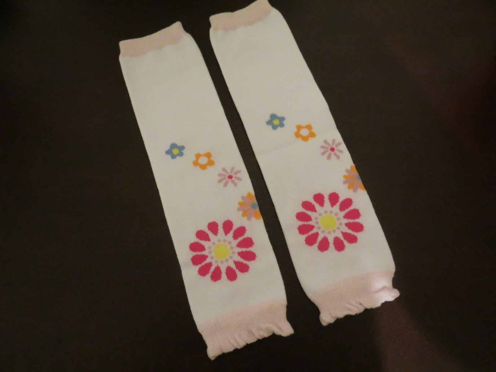 DragonFly Sweetnest: BabyLegs Review/ Boy & Girl Giveaway