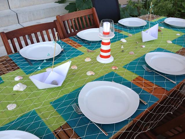 Table de f te sur le th me de la mer sea party d coration - Chemin de table filet de peche ...