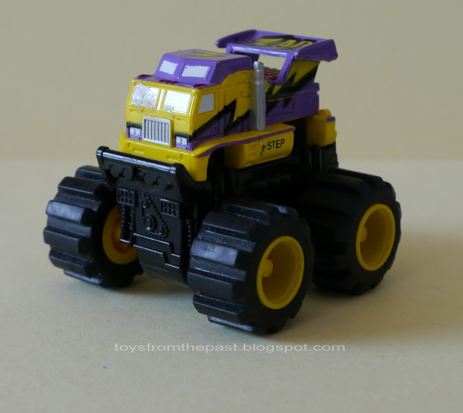truck fighter micro