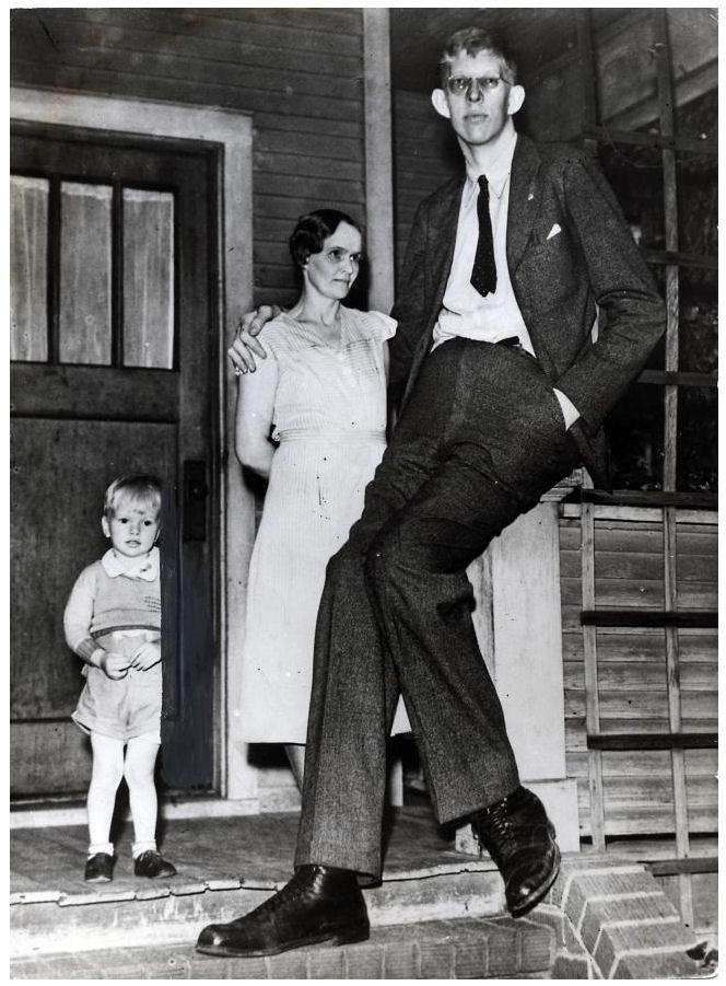 Robert Pershing Wadlow The Tallest Guy in