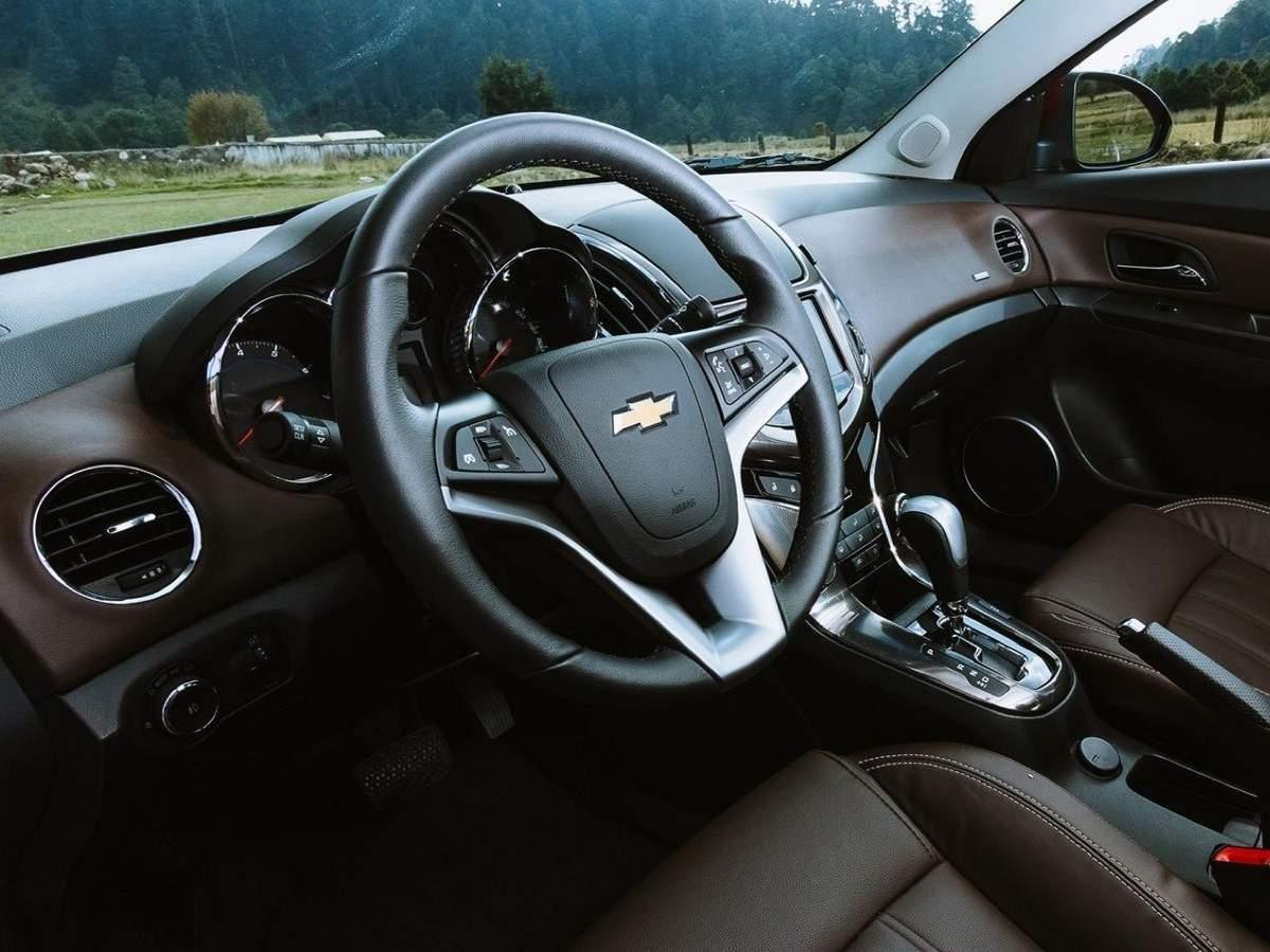 Novo Chevrolet Cruze 2015 - interior