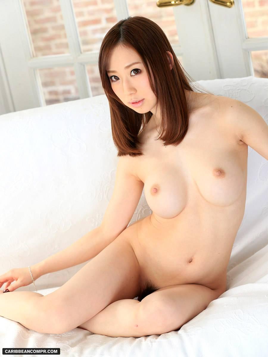 girls nude in japan