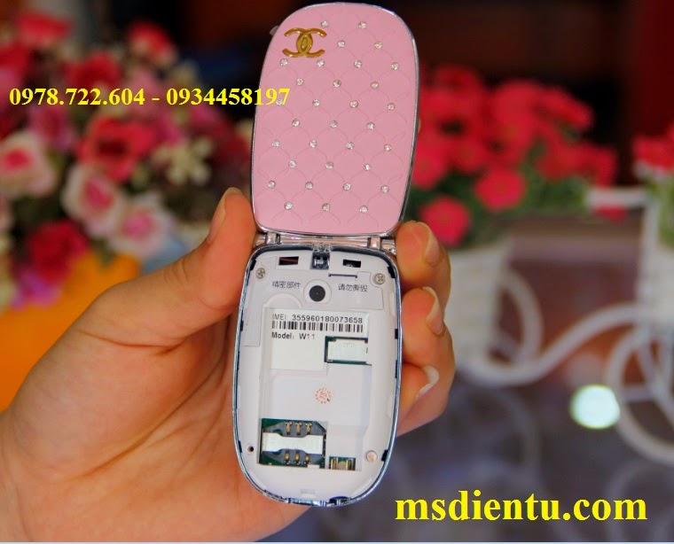 Bên trong Điện thoại  Chanel W11 mini