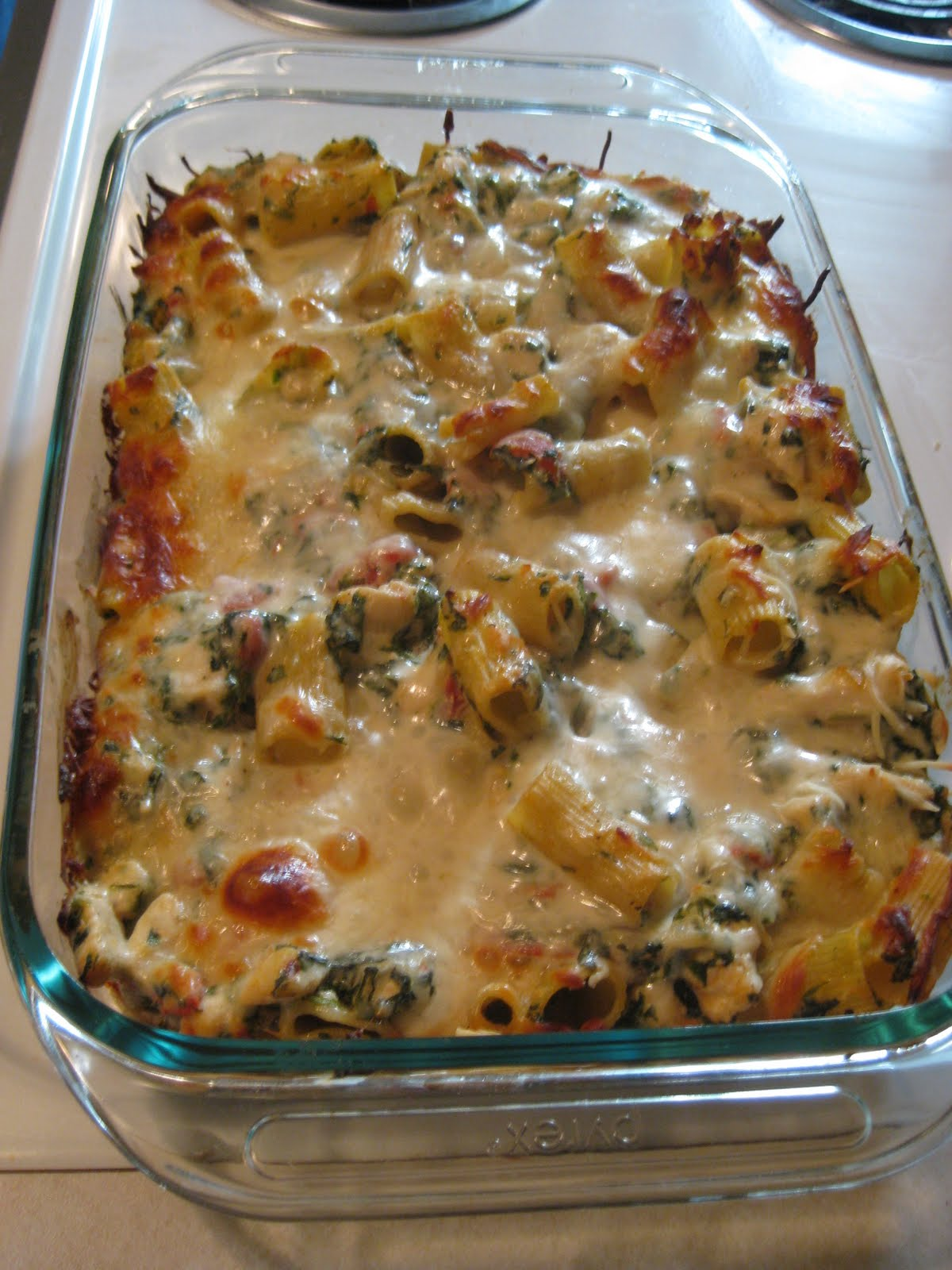 Chicken & Spinach Pasta Bake ~ Delicious Food Recipes