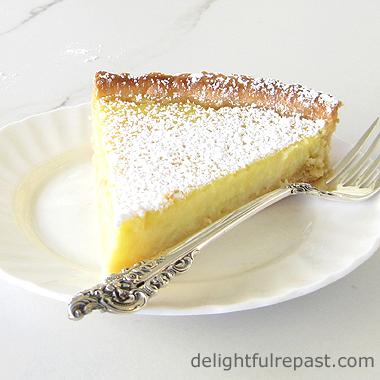 Lemon Tart - Tarte au Citron / www.delightfulrepast.com