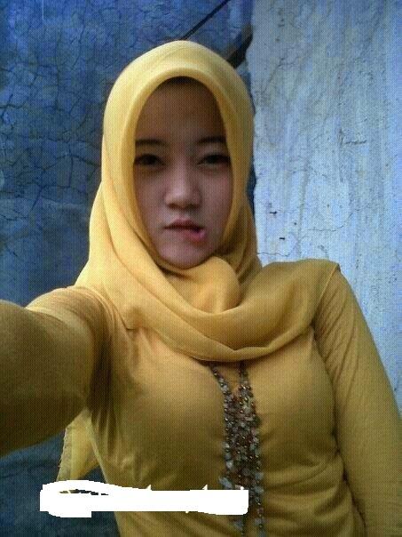 Malay cantik dan mantap