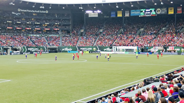 Photos from a Portland Thorns Game via @melissakaylene