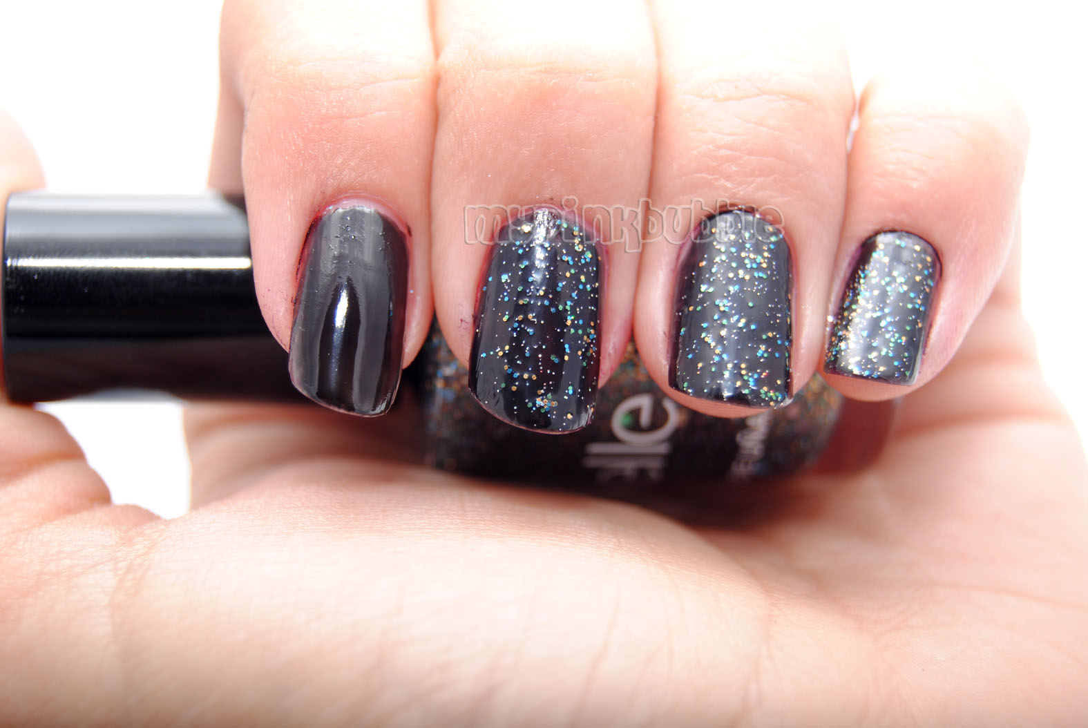 manicura glitter negro