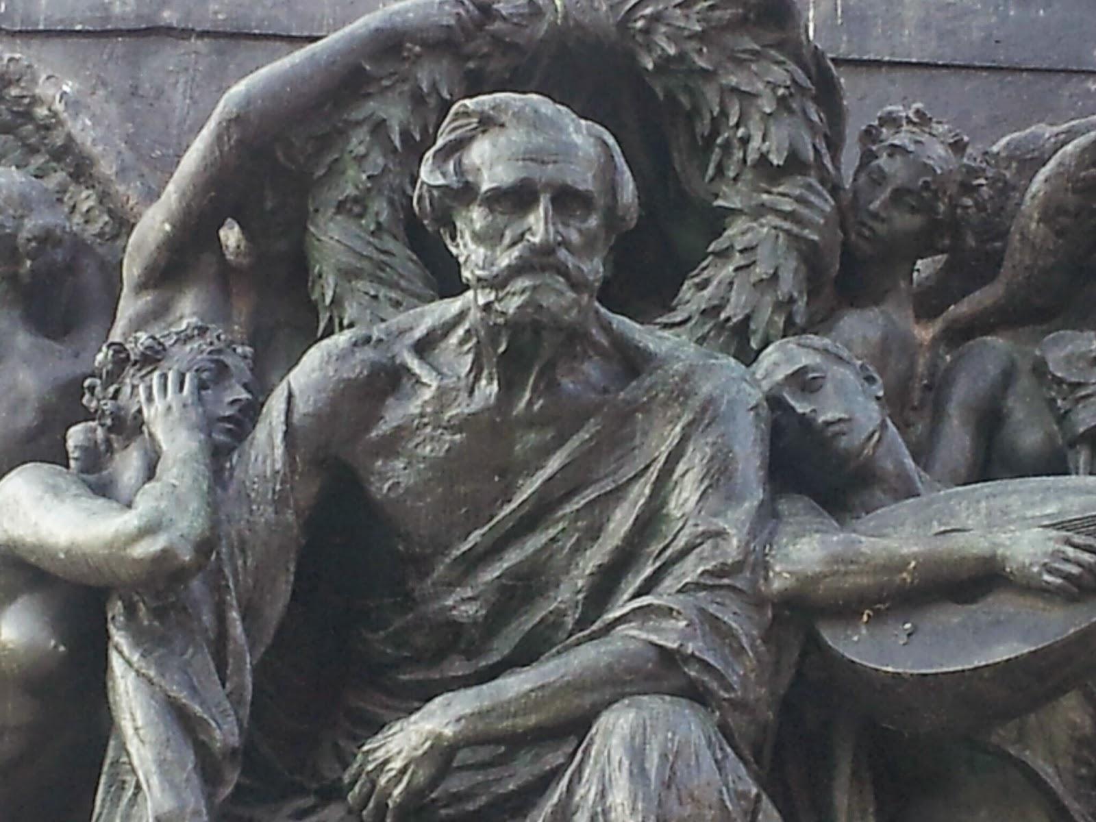 Bonus musica - Monumento a Verdi - Parma