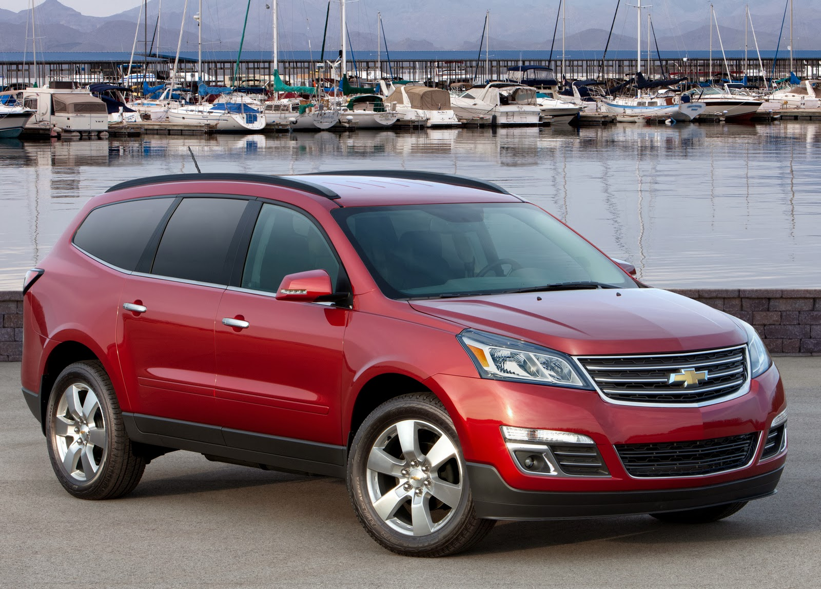 Impala and Traverse Named KBB.com's 12 Best Family Cars of 2014
