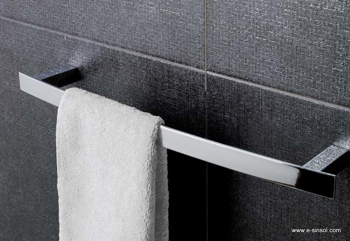 Accesorios de ba o cromados modernos for Accesorios para banos toalleros