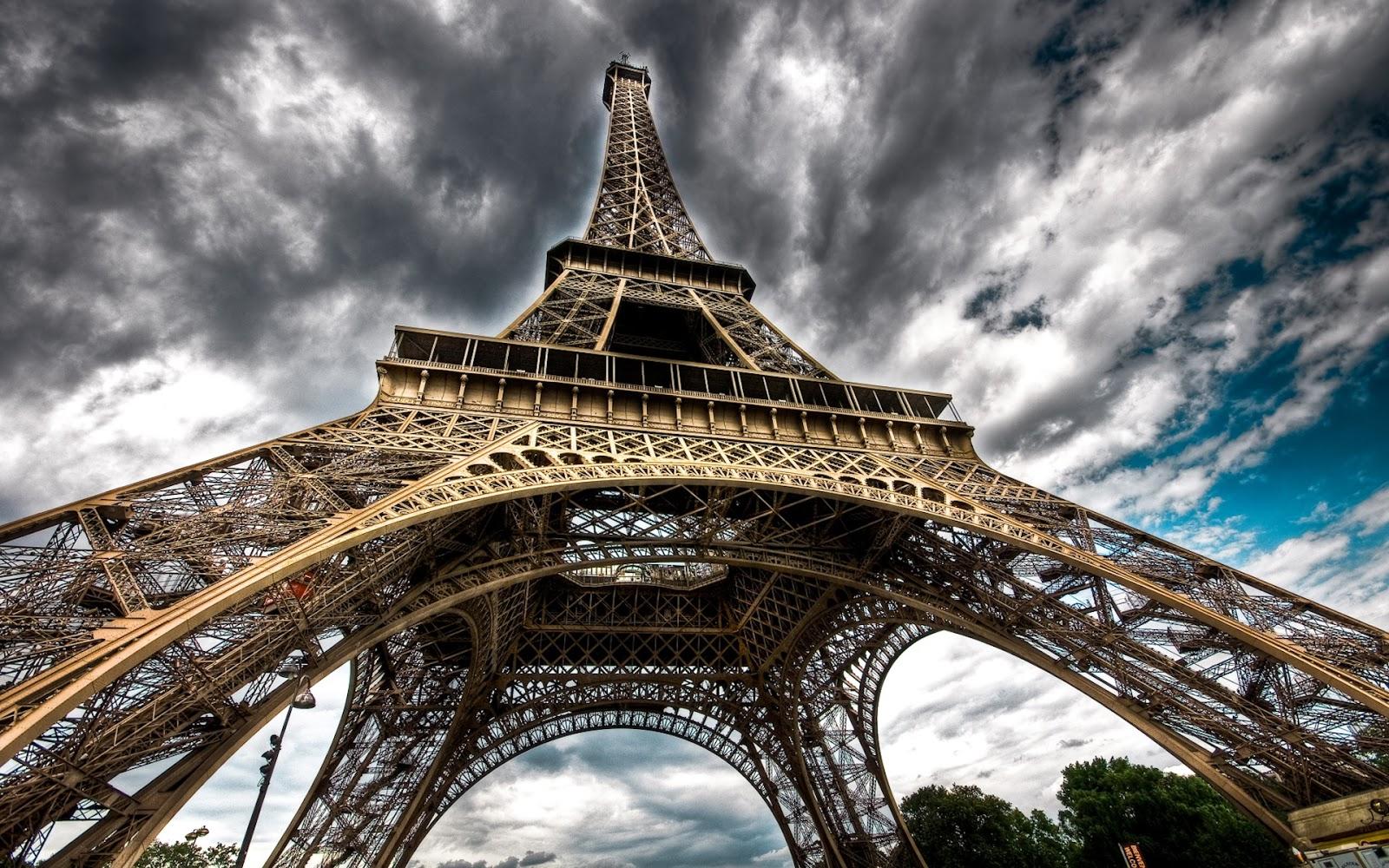 http://2.bp.blogspot.com/-DgGCmZcdE8M/Tsu9WTParGI/AAAAAAAAWyg/4CcTtWfBDYE/s1600/Amazing+Cityscapes+Wallpapers+%25289%2529.jpg