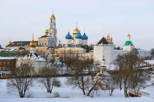 В Успенском соборе Лавры 31 декабря – молебен на Новолетие