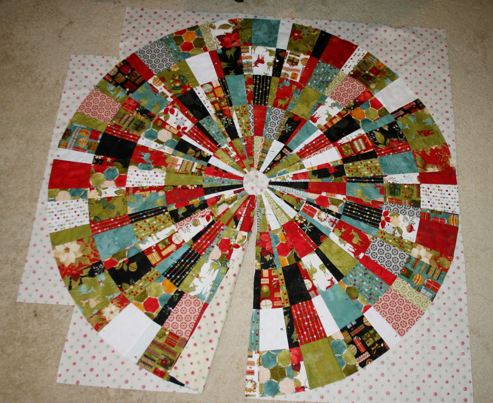 freezeframe tutorial christmas tree skirt - Quilted Christmas Tree Skirt Pattern