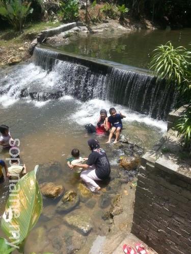 Berkelah di Sungai Kemensah, Selangor