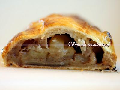 Pastelzinho de forno de maçã com leite condensado