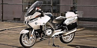 free news bmw r 1200 rt p police motorcycle from germany. Black Bedroom Furniture Sets. Home Design Ideas