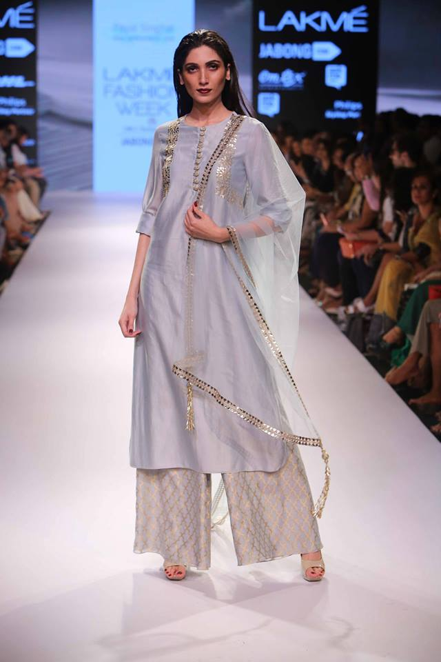 Payal Singhal Lakmé Fashion week a/w 2015