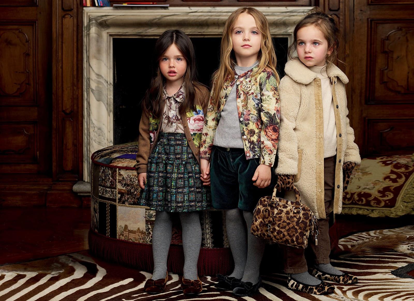 Юные девушки голышом на фото 23 фотография