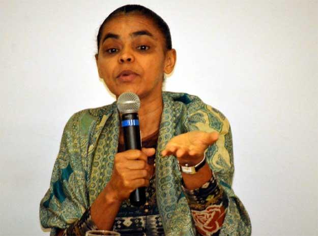 A ex-ministra do Meio Ambiente Marina Silva em palestra na Unicamp (Foto: Marcello Carvalho)