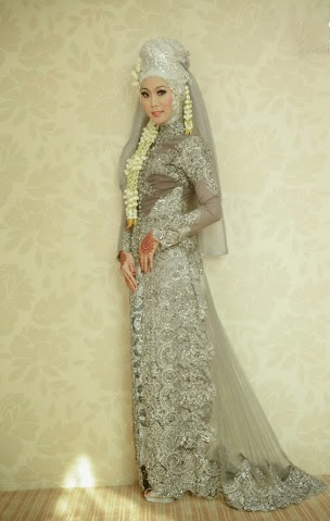 So, bagi yang akan melaksanakan pernikahan baju pengantin muslim 2014