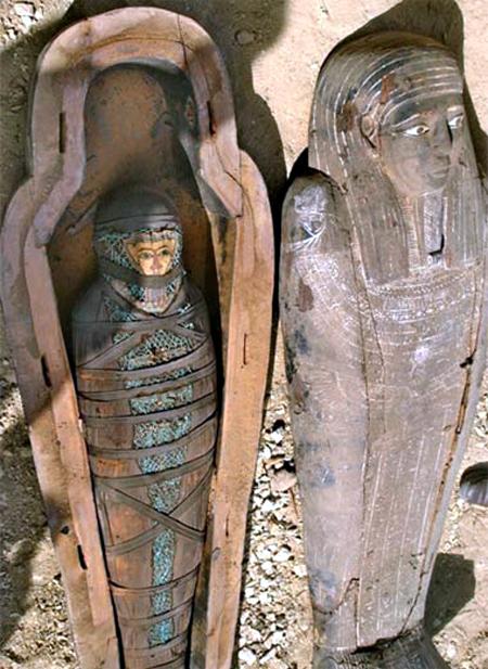 Sebirblu clamoroso occultati enormi reperti archeologici