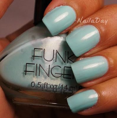 NailaDay: Funky Fingers Mrs. Mint Swatch