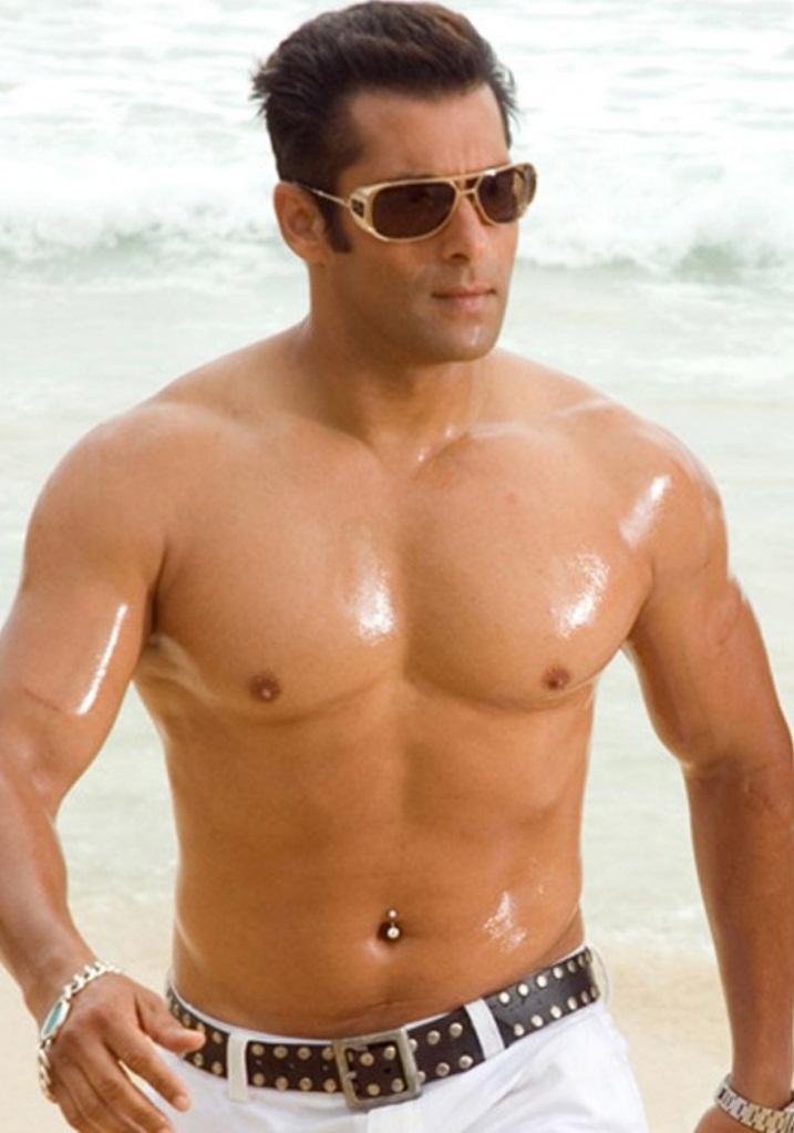 body expose of Salman Khan