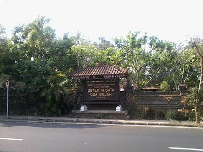 Wisata Goa Gajah