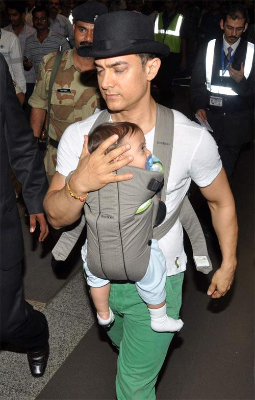 Amir Khan with his son