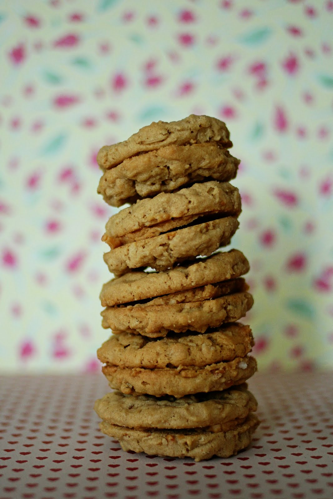 Tasty Vittles: The Best Peanut Butter Cookies Ever!