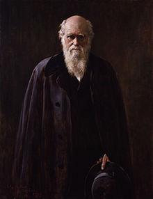 Charles Robert Darwin dilahirkan pada tanggal 12 Februari 1809 di Shrewsbury, Inggris. Kakeknya adalah dokter dan filsuf terkenal Erasmus Darwin, sedangkan neneknya adalah pembuat barang-barang tembikar ternama Josiah Wedgood.